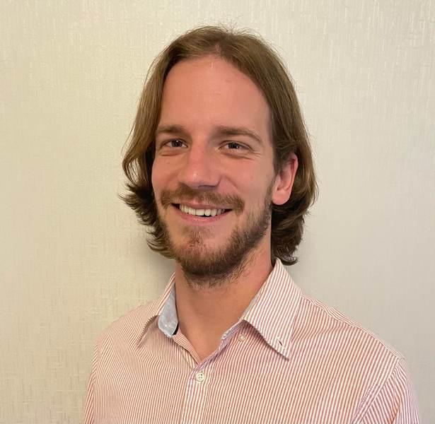 Dr Lucas Roberts